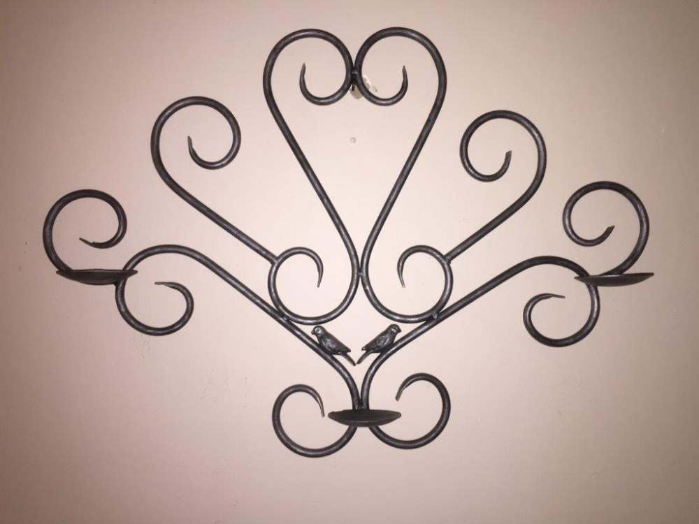 Wrought Iron Decorating Wall Hanging made by Exclusivio Wrought Iron Designs
